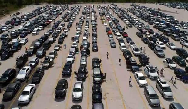 27,6 milyon yolcu, 7,6 milyon araç geçti