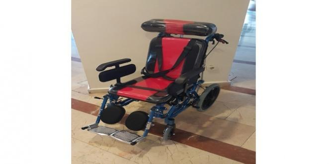 Atıklar tekerlekli sandalye oldu