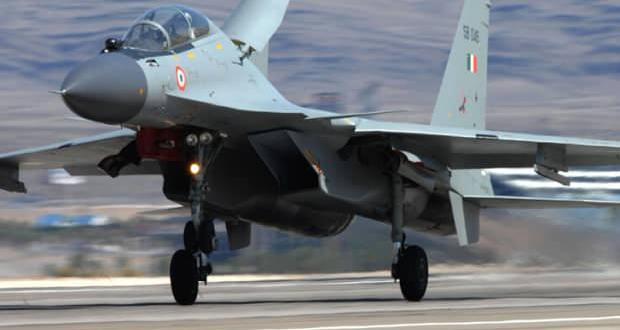 Cezayir'de askeri uçak düştü! Pilotlar hayatını kaybetti