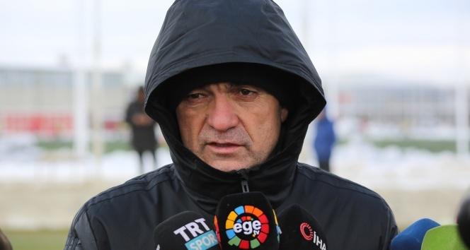 """Rıza Çalımbay: """"Maçlarımızın hepsi bizim için final"""""""