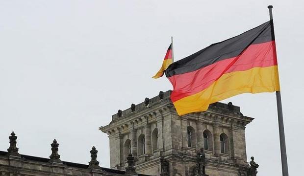 Almanya'da fabrika siparişleri azaldı
