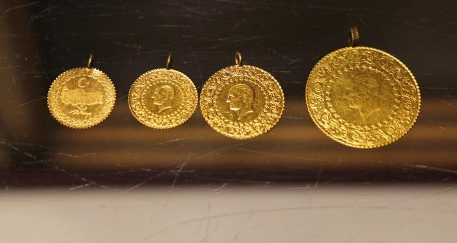 Altın yeni haftaya tarihi zirvede başladı