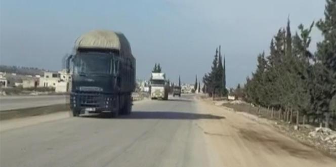 Rus askeri, Türk konvoyuna eşlik etti
