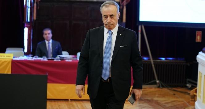 Galatasaray divanında protesto