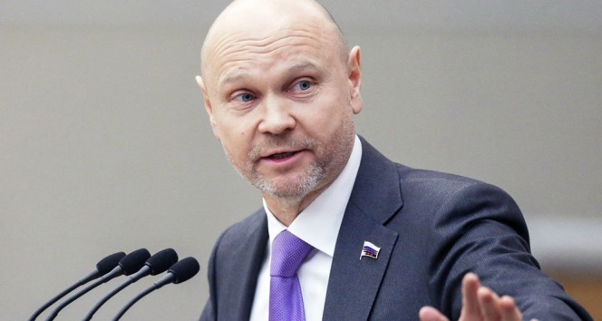 Karantinayı reddeden Rus milletvekiline Meclise giriş yasağı