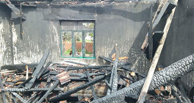 Kore Gazisinin evi yandı