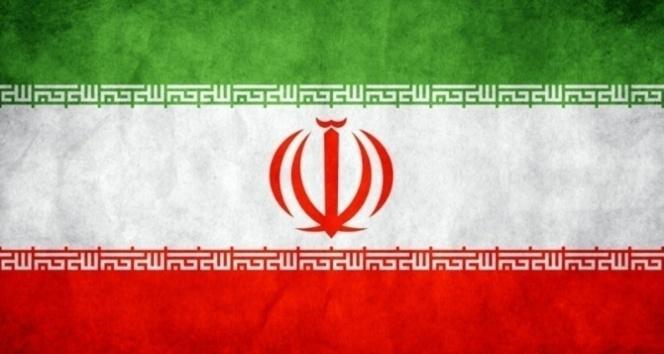 İran donanması yanlışlıkla kendi gemisini vurdu
