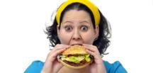 Kilo kadınlarda bağırsak kanseri riskini artırıyor