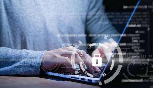 Kullanıcılar internetteki özel bilgilerini sildirmeye çalışıyor