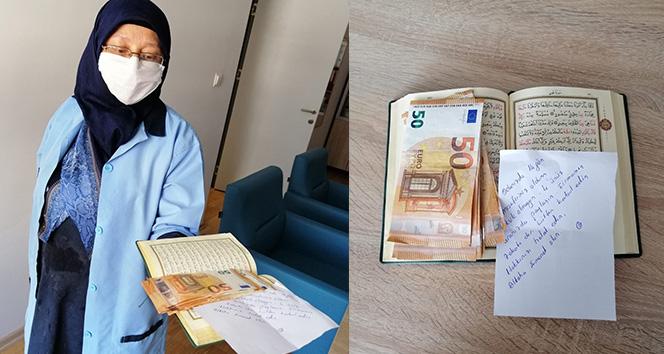 Karantina için odalarında kaldığı öğrenciler için 400 Euro bırakmış