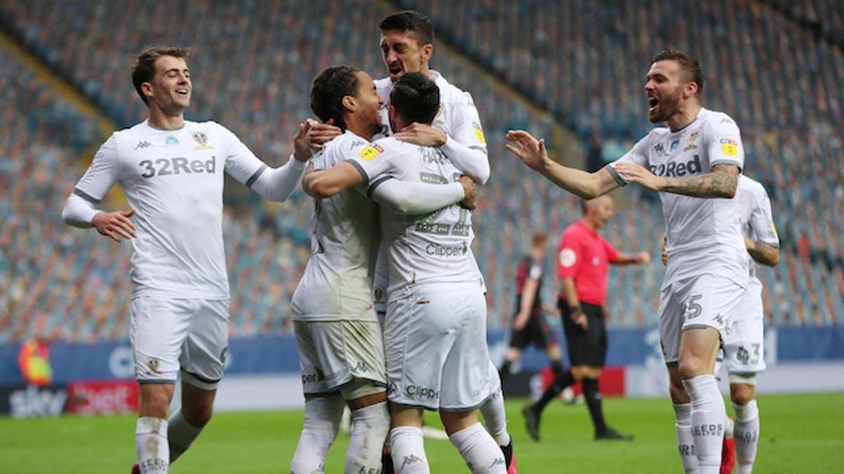 SON DAKİKA   Leeds United 16 yıl sonra Premier Lig'de!