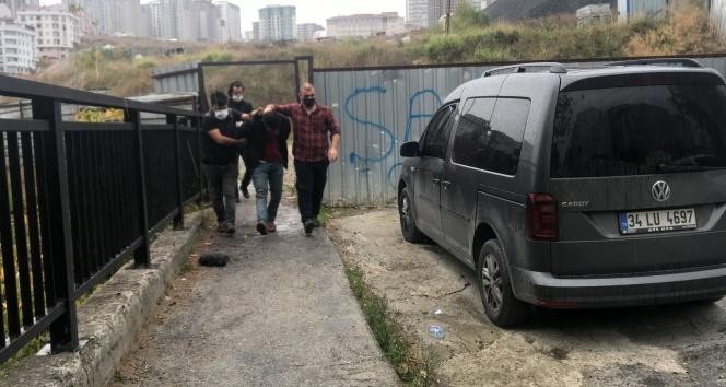 Polisin şüphelendiği motosiklet sürücüsü uyuşturucu kuryesi çıktı