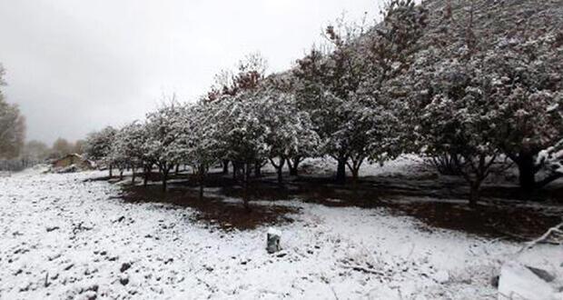 Kaş'ın yüksek kesimlerine kar yağdı