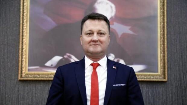 Menemen Belediye Başkanı Serdar Aksoy, CHP'den istifa etti