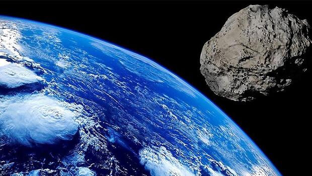 Dev asteroit Dünya'yı teğet geçti