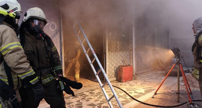 Ataşehir'de marangoz atölyesinde yangın