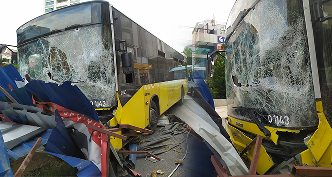 Kağıthane'de freni boşalan İETT otobüsü metro inşaatına daldı