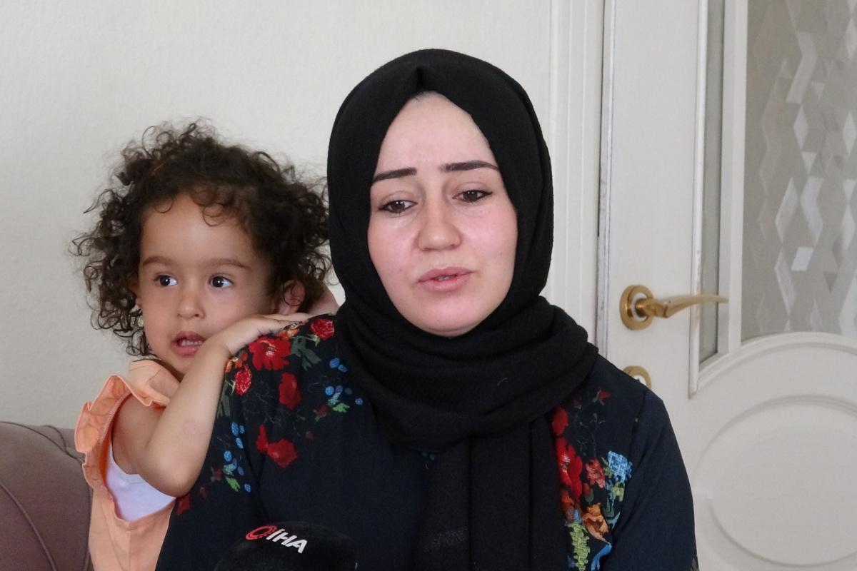 Doğuştan kulağı olmayan minik Zelal'in annesi yardım bekliyor