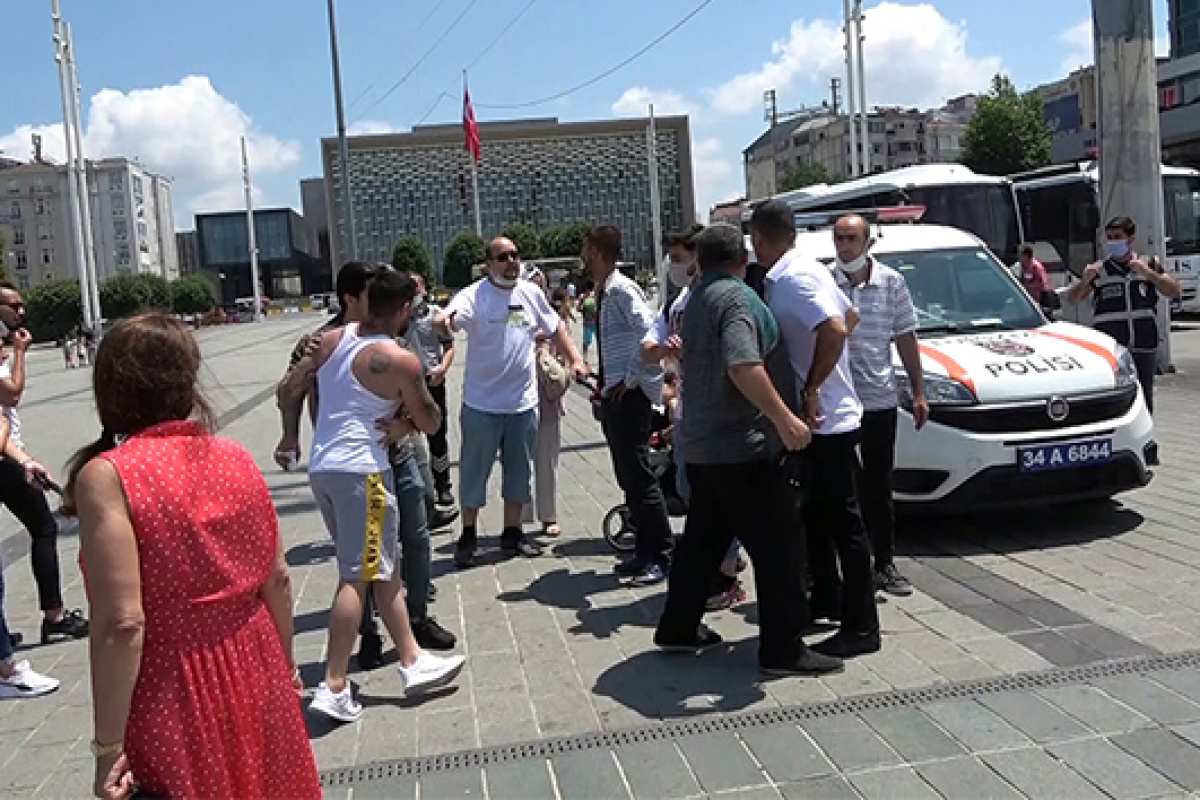 Taksim Meydanı'nda olaylı asansör kavgası