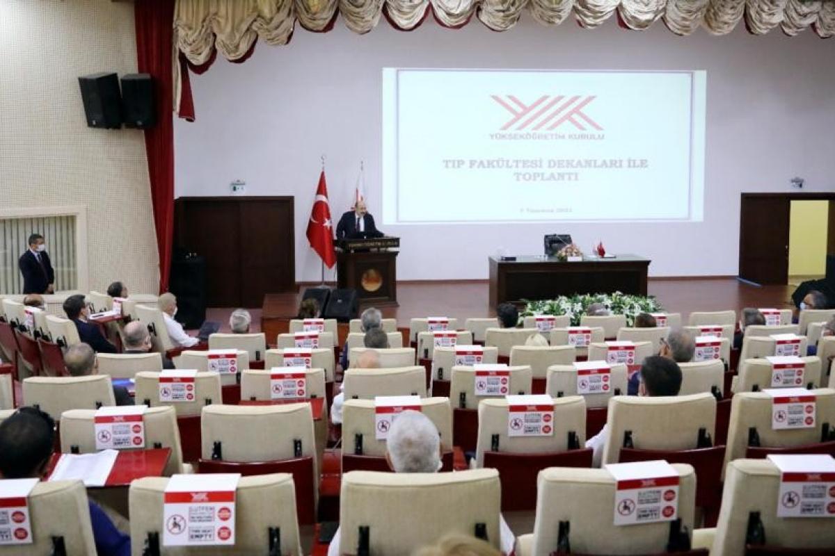 YÖK'te tıp fakültesi dekanları ile toplantı